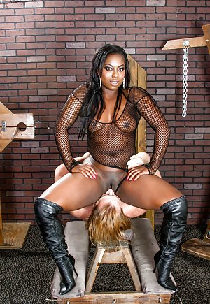 Pussy Lick Black Pictures