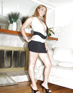 Skirt Black Pictures